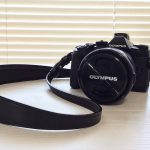 「octavus(オクターヴ)」ミニマルな革製カメラストラップを買いました