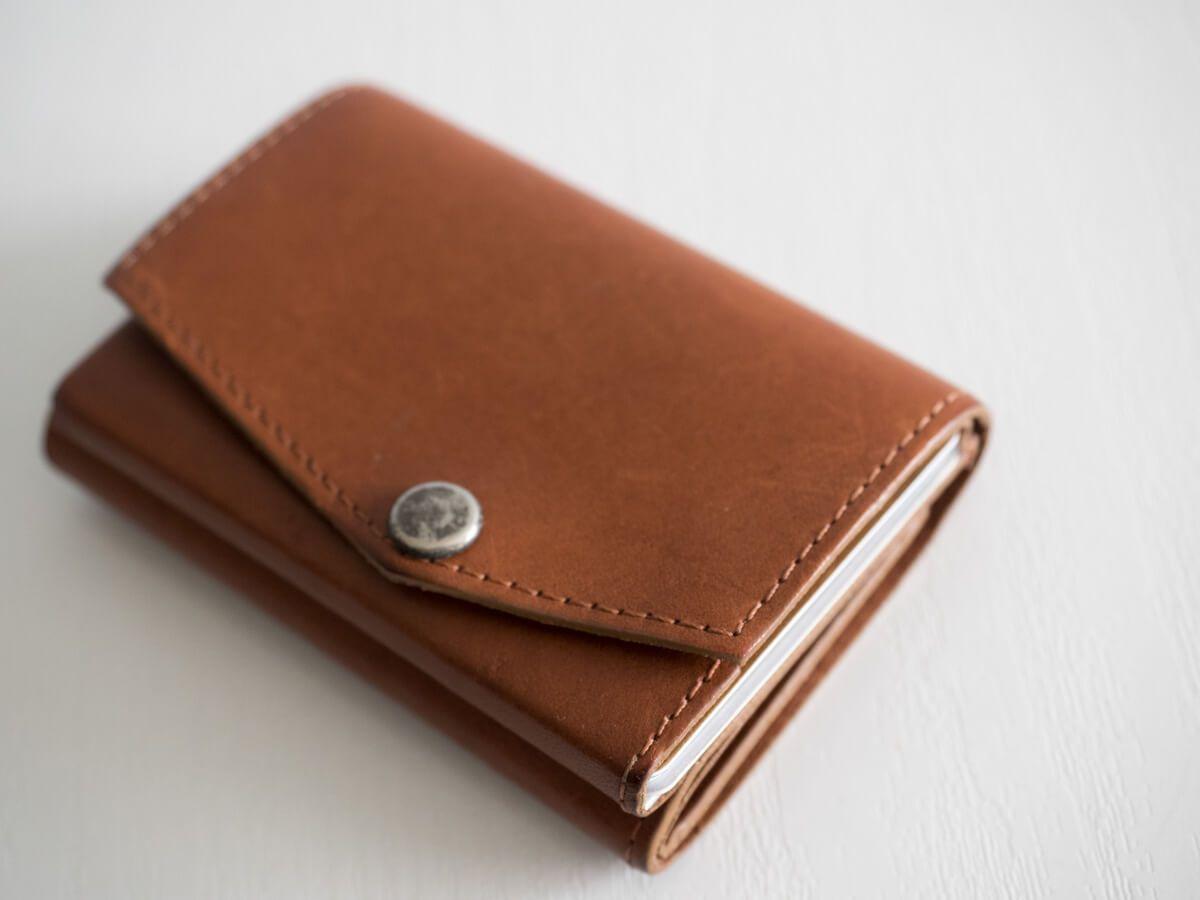 アブラサスの小さい財布のエイジング